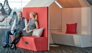 98345_G_tessons_The_Hut_sofa_1.jpg